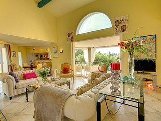 4 bedroom Villa in Mougins, Provence-Alpes-Cote d'Azur, France : ref 5238560