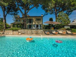 4 bedroom Villa in Saint-Paul-de-Vence, Provence-Alpes-Côte d'Azur, France