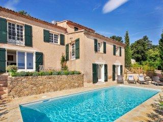 4 bedroom Villa in La Garde-Freinet, Provence-Alpes-Côte d'Azur, France : ref