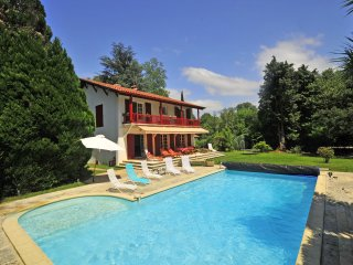 6 bedroom Villa in Cambo-les-Bains, Nouvelle-Aquitaine, France : ref 5238420