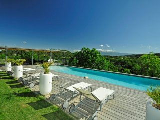 6 bedroom Villa in Pernes-les-Fontaines, Provence-Alpes-Côte d'Azur, France
