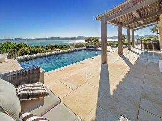 4 bedroom Villa in Beauvallon, Provence-Alpes-Cote d'Azur, France : ref 5238388