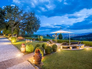 5 bedroom Villa in Montecatini Terme, Tuscany, Italy : ref 5238227