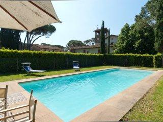 4 bedroom Villa in Montepescali, Tuscany, Italy : ref 5238201