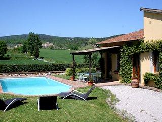 3 bedroom Villa in Monteriggioni, Tuscany, Italy : ref 5238181