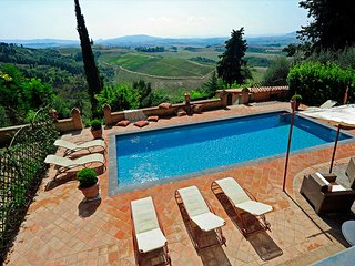 5 bedroom Villa in Fabbrica, Tuscany, Italy : ref 5238179