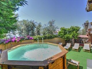 Sorrento Villa Sleeps 6 with Pool Air Con and WiFi - 5229134