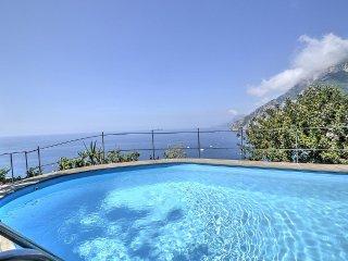 2 bedroom Villa in Arienzo, Campania, Italy : ref 5228423