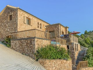 Agios Nikitas Villa Sleeps 6 with Pool - 5229684