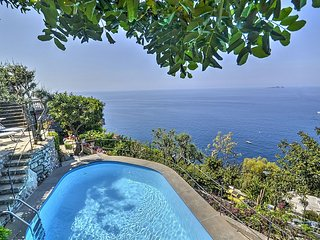 3 bedroom Villa in Arienzo, Campania, Italy : ref 5228425
