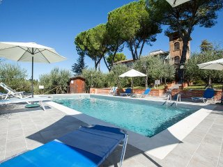 9 bedroom Villa in Mattone, Tuscany, Italy - 5228378