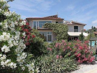 6 bedroom Villa in Montelupo Fiorentino, Tuscany, Italy : ref 5229097