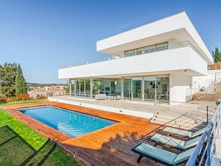7 bedroom Villa in San Roque Club, Andalusia, Spain : ref 5218036