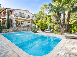 6 bedroom Villa in Saint-Paul-de-Vence, Provence-Alpes-Cote d'Azur, France : ref