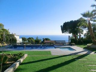 4 bedroom Villa in Lloret de Mar, Catalonia, Spain : ref 5223747