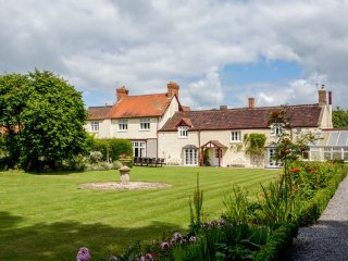6 bedroom Chateau in Cossington, England, United Kingdom : ref 5217605
