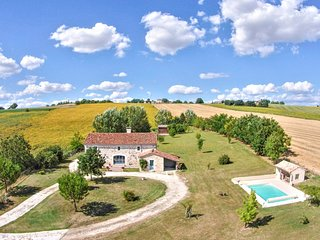 4 bedroom Villa in Moncrabeau, Nouvelle-Aquitaine, France : ref 5218022
