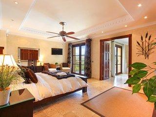 La Heredia Villa Sleeps 14 with Pool and Air Con - 5217883