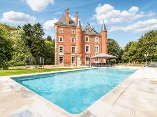 10 bedroom Chateau with Pool and WiFi - 5217956