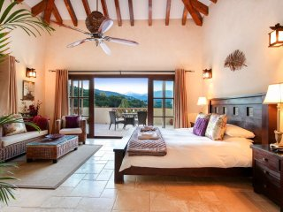 El Angel Villa Sleeps 14 with Pool and Air Con - 5217885
