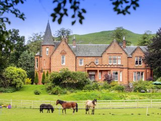11 bedroom Chateau in Skirling, Scotland, United Kingdom : ref 5217550