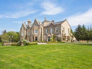 12 bedroom Chateau in Clachan of Campsie, Scotland, United Kingdom : ref 5217556