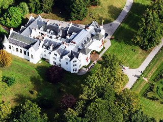 24 bedroom Chateau in Kirkhill, Scotland, United Kingdom : ref 5217557