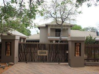 Wild Dog Inn Hoedspruit Wildlife Estate