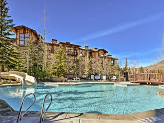 Ski-In/Ski-Out 'Solitude Village' Condo w/Balcony!