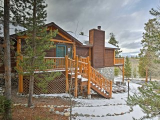 Granby House w/Deck, Mtn View - 2 Mi. from Skiing!