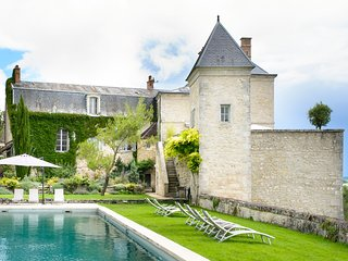 13 bedroom Chateau with Pool, Air Con and WiFi - 5049856