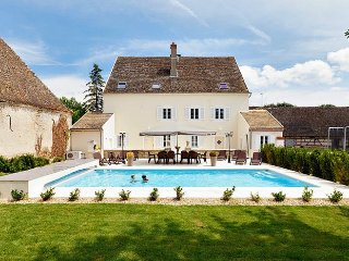 6 bedroom Chateau in Sermesse, Bourgogne-Franche-Comte, France : ref 5049854