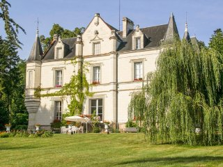 7 bedroom Chateau in Perrusson, Centre, France : ref 5049812