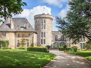 6 bedroom Chateau in Pouzauges, Pays de la Loire, France : ref 5049823
