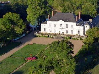 10 bedroom Chateau in Saint-Clément-de-la-Place, Pays de la Loire, France : ref