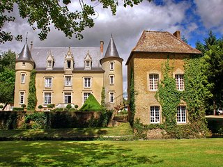 8 bedroom Chateau in Lombron, Pays de la Loire, France : ref 5049817
