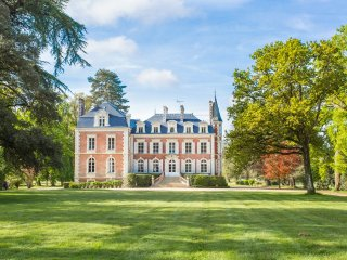 6 bedroom Chateau in Cande, Pays de la Loire, France : ref 5049811