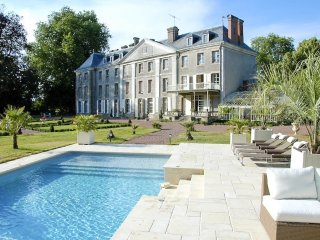 10 bedroom Chateau in Trementines, Pays de la Loire, France : ref 5049809