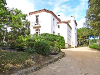 7 bedroom Villa in Meschers-sur-Gironde, Nouvelle-Aquitaine, France : ref 504979