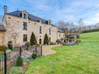 7 bedroom Villa in Concourson-sur-Layon, Pays de la Loire, France : ref 5049838