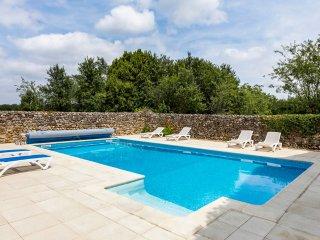 4 bedroom Villa in Nalliers, Nouvelle-Aquitaine, France : ref 5049787