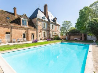 6 bedroom Chateau in Brinon-sur-Sauldre, Centre, France : ref 5049826