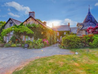 6 bedroom Chateau in Sainte-Anne-sur-Vilaine, Brittany, France : ref 5049760