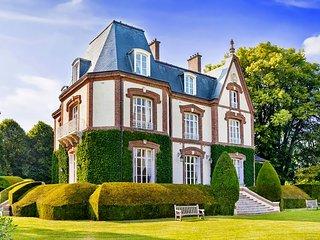 12 bedroom Chateau in La Hêtrée, Normandy, France : ref 5049744