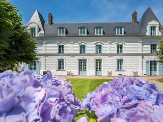 7 bedroom Chateau in Epreville-en-Roumois, Normandy, France : ref 5049739