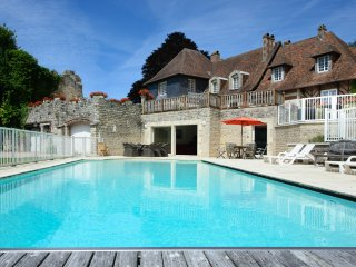 8 bedroom Chateau in Pennedepie, Normandy, France : ref 5049732