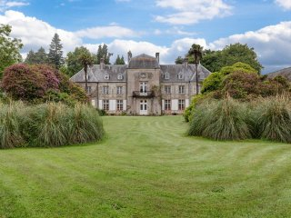 18 bedroom Chateau in Brix, Normandy, France : ref 5049736