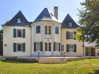 7 bedroom Villa in Araujuzon, Nouvelle-Aquitaine, France : ref 5049706
