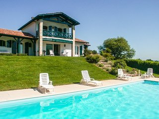 4 bedroom Villa in Olhette, Nouvelle-Aquitaine, France : ref 5049717