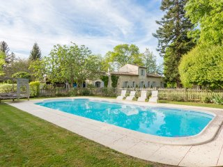 4 bedroom Villa in Flaujagues, Nouvelle-Aquitaine, France : ref 5049694